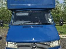 Mercedes 410D Sprinter 4. 5t Horsebox with living