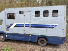 1983 Mercedes 814 7. 5t Horse Lorry
