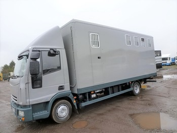 4 Horsebox with room for carriage at front