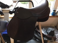 AS NEW Nexus Balance Saddle