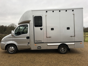 2011 Oakley 3.5ton forward facing horsebox