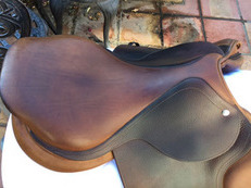 Beautiful CWD 17.5 SE01 Flat hunter seat