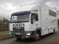 2005 Model MAN 180 BHP. Empire professional transport box. Stalle...