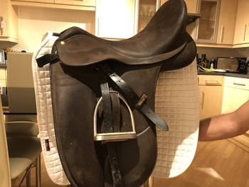 Wintec Isabell Werth Brown Dressage Saddle with Cair 17.5""