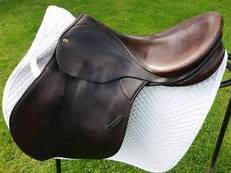 Hunting/Jumping/GP Stubben Saddle