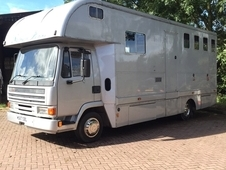 1994 Leyland DAF 45 turbo 7.5 tonne. Great runner. Large horse area and hook up.
