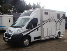 Citroen Relay 2-stall horsebox