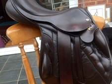 ****Black Country Vinici Jump Saddle****
