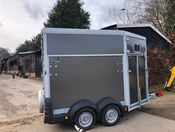 Ifor Williams HB511 Horse Trailer