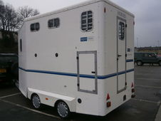 Equi-trek horse trailer day treka