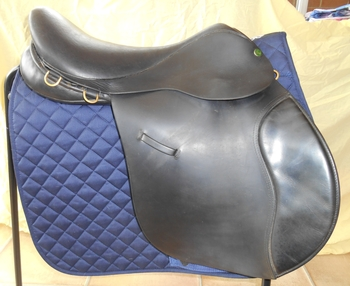 "IDEAL 17.5"" BLACK GP SADDLE"
