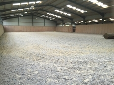 6 stables available on a Quiet family run livery yard