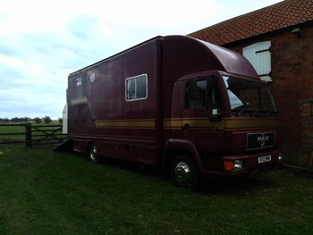 MAN 7.5t Horsebox for sale with air suspension