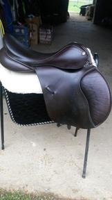 Barnsby GP Saddle