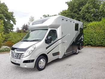 HAMPTONS HORSEBOXES 2015 RENAULT MASTER - NEW BUILD 48,000 MILES, 12 MONTH BUILD WARRANTY AND 12 MONTH  RAC PLATINUM WARRANTY