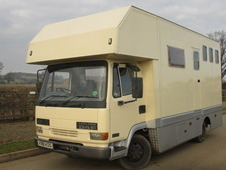 1999 DAF 45 130 Coach built horsebox. Stalled for 3 with living