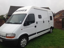 £2500 Renault Master 3.5t Horse Lorry