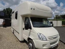 Iveco Daily 6. 5t Horsebox