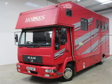 2005 MAN coach built horsebox stalled for 3/4 with newly refurbished living.