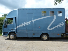 7.5T Ford Iveco Horse Box