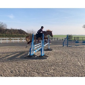 Stunning Allrounder with BE Prospect