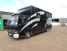 3 Horsebox with Living 7 1/2 ton