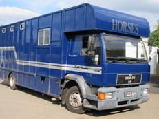 1998 MAN 12 ton 225 BHP Coach built horsebox. Stalled for 4 with comfortable living. Full tilt cab