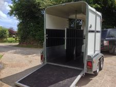 Bateson Ascot Horse Trailer TOP OF THE RANGE used 9 times! ! ! ! ...