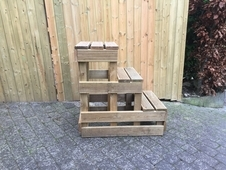 wooden mounting block, 3' high