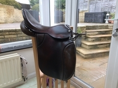 M & J Saddlery ,Pony Saddle, 16.5 inch, Wide,  Brown leather