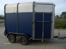 Ifor Williams 505R Two Horse Trailer