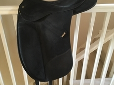 Second hand saddles for sale