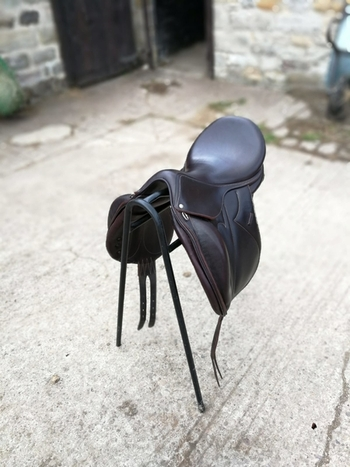 For sale: Devoucoux Makila  dressage saddle