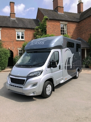 Equi-trek Sonic Excel 3.5T Horse Lorry *Brand New Unregistered*Px Welcome Silver