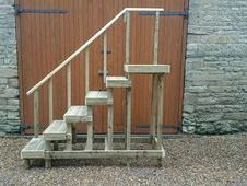 Huge heavy duty 5ft high mounting block