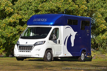 Equi-Trek Sonic Excel 3.5 Tonne Horse Box with Longstall Partitions