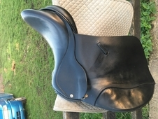 17'inch black Ideal H/C saddle