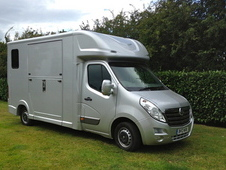 Quigley long stall 3. 5 ton horsebox