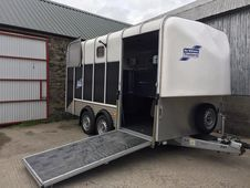 Ifor Williams HB610 like new - still has plastic on the ramps!