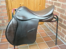 "18"" Medium Falcon Adler VSD GP saddle"