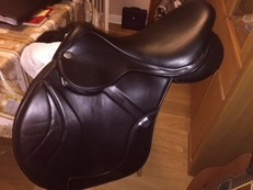 "Fairfax 17.5"" black jumping saddle exc condition"