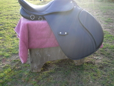 Nearly new saddle