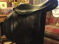 Albion Kontact Lite event saddle