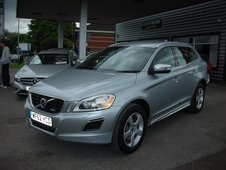 Volvo XC60 2. 4l D4 R-Design AWD (start/stop)