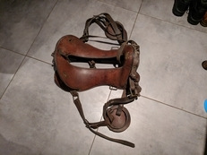 19th Century US Cavalry McClellen leather Saddle, with stirrups and straps.