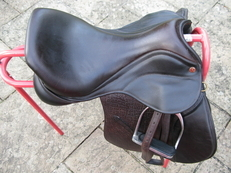 Saddle Company As new