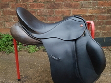 Albion GP Ultima Legend Saddle
