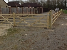 Agricultural and Equine fencing specialists