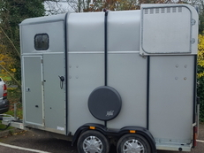 iforwilliams horse trailer