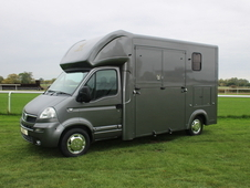 £16, 800 no VAT Eclipse 3. 5 ton horsebox 2007 Vauxhall Movano 2...